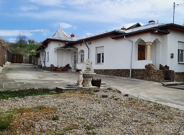 Comision 0 - Casa in com. Razvad, jud. Dambovita - 5 km de Targoviste - imaginea 1