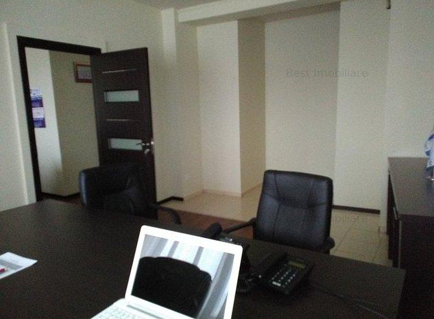 B-dul Mamaia spatiu birouri si apartament - imaginea 1