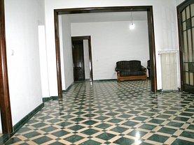 Casa de vânzare 6 camere, în Bucuresti, zona P-ta Alba Iulia