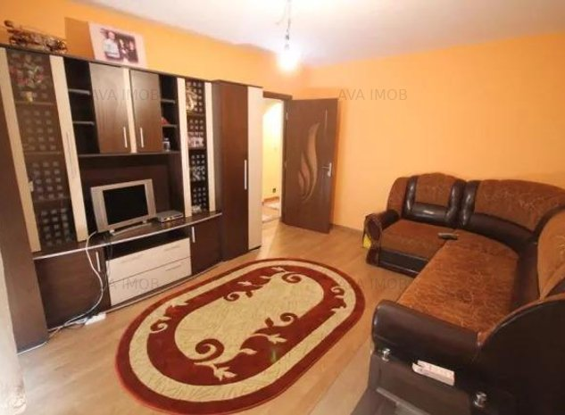 Apartament 4 camere, 2 bai, zona Orizont - imaginea 1
