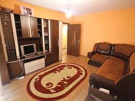 Apartament de vânzare 4 camere, în Bacau, zona Orizont