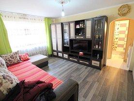 Apartament de vânzare 2 camere, în Bacău, zona Milcov