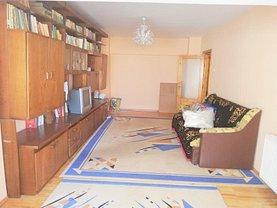 Apartament de vânzare 3 camere în Bacau, Nord