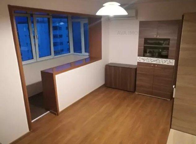 Apartament 3 decomandate, renovat, zona Narcisa - imaginea 1
