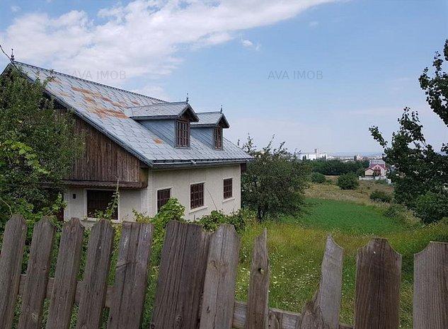 Casa la gri 4 camere, zona Barati - imaginea 1