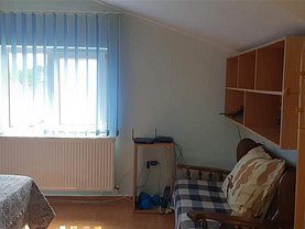 Casa de vânzare 4 camere, în Bacau, zona Gheraiesti