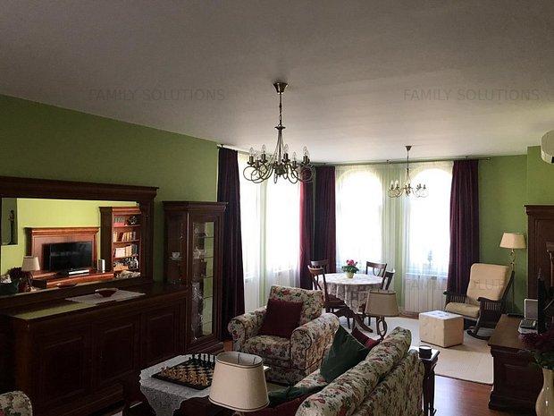 Vila eleganta cu arhitectura deosebita, Sos Oltenitei-zona Sfinti - imaginea 1
