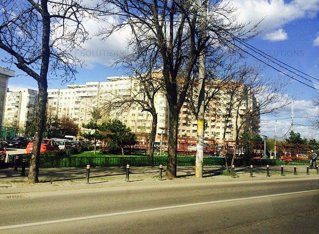 Aparatorii Patriei - Metrou - teren cu autorizarie - imaginea 1