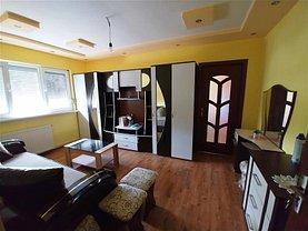 Apartament de vânzare 2 camere, în Marghita, zona Central