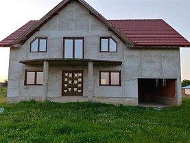 Casa de vânzare 10 camere, în Chiribiş, zona Central