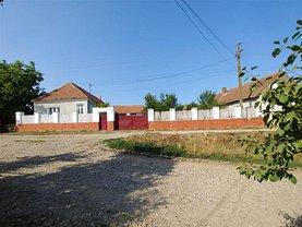 Casa de vânzare 4 camere, în Chiraleu, zona Central