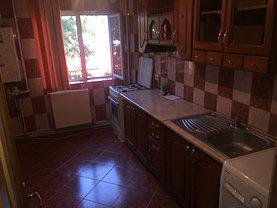 Apartament de închiriat 2 camere, în Bacau, zona Banca Nationala