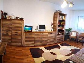 Apartament de vânzare 3 camere, în Bacău, zona Sud