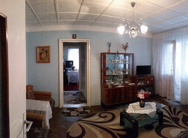 Apartament 2 camere semidecomandate, cu centrala, Narcisa - imaginea 1