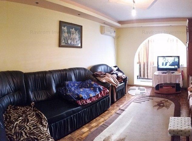 Apartament 2 camere decomandate, Narcisa, cu centrala, hol patrat - imaginea 1
