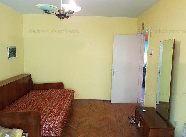 Apartament doua decomandate, etaj unu, Piata Centrala, liber - imaginea 1