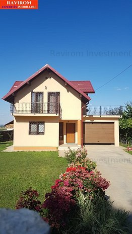 Casa P+E, din caramida, 4 camere, 2 bai, garaj, beci, in Margineni - imaginea 1