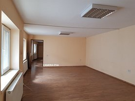 Casa de închiriat 3 camere, în Bucureşti, zona Parcul Carol