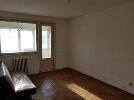 Apartament de vânzare 3 camere, în Bucureşti, zona Nord