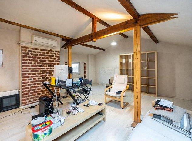 Vanzare apartament 4 camere, cu mansarda