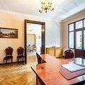 Apartament de vânzare sau de închiriat 5 camere, în Bucureşti, zona P-ţa Romană