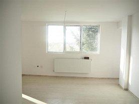 Apartament de vânzare 4 camere, în Bucureşti, zona Antiaeriană