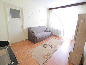 Apartament de închiriat 2 camere, în Piteşti, zona Calea Bucureşti