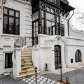 Casa de vânzare sau de închiriat 10 camere, în Bucureşti, zona Dacia