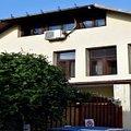 Casa de închiriat 6 camere, în Bucuresti, zona Eminescu