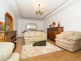 Casa de vânzare 7 camere, în Turceşti