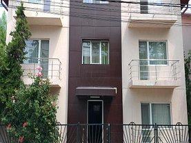 Casa de vânzare 24 camere, în Costinesti