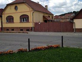 Casa de vânzare 3 camere, în Agnita
