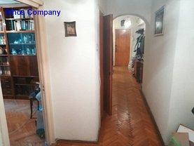 Apartament de vânzare 3 camere în Bucuresti, Titulescu