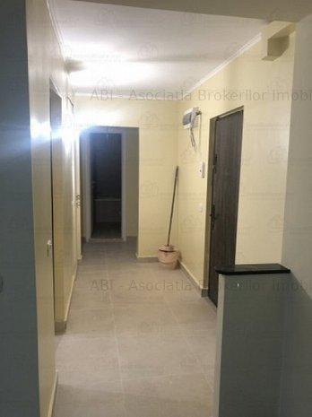 Vanzari Apartamente 2 Camere Zona Vitan Mall - imaginea 1