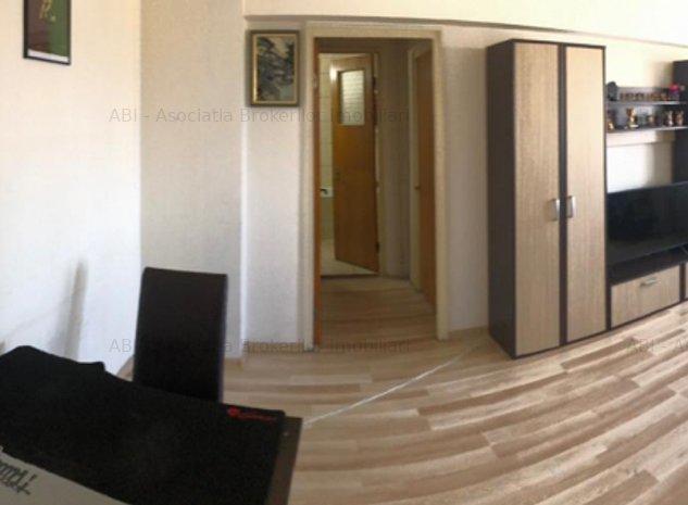 Vanzari Apartamente 3 camere sos St. cel Mare - imaginea 1