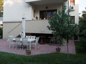 Casa de închiriat 10 camere, în Bucuresti, zona Aviatorilor