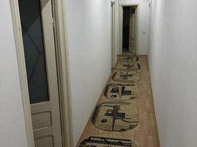 Casa de vânzare 8 camere, în Constanţa, zona Capitol