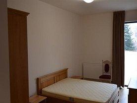Apartament de închiriat 3 camere, în Targu Mures, zona Central