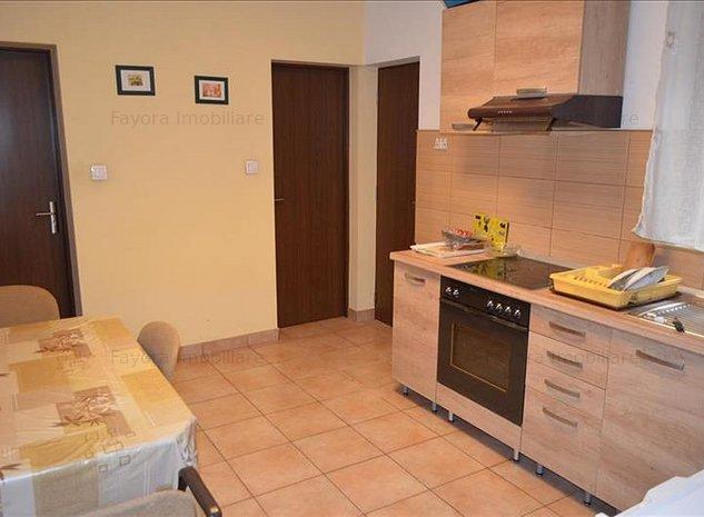 Apartament 2 Camere de Inchiriat Semicentral in Vila cu Utilitati Incluse - imaginea 1