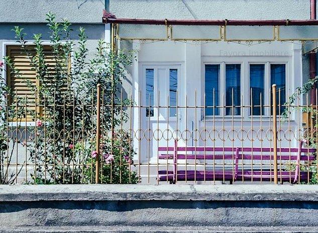 Apartament cu 2 Camere de Vanzare in Bloc Tip Vila Zona Centrala - Tarnaveni - imaginea 1