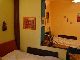Apartament de vânzare 4 camere, în Targu Mures, zona Unirii