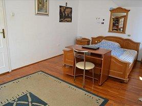 Casa de închiriat 7 camere, în Târgu Mureş, zona 7 Noiembrie