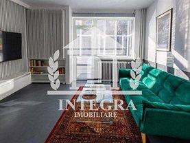 Apartament de vânzare 2 camere, în Cluj-Napoca, zona P-ţa Mihai Viteazul