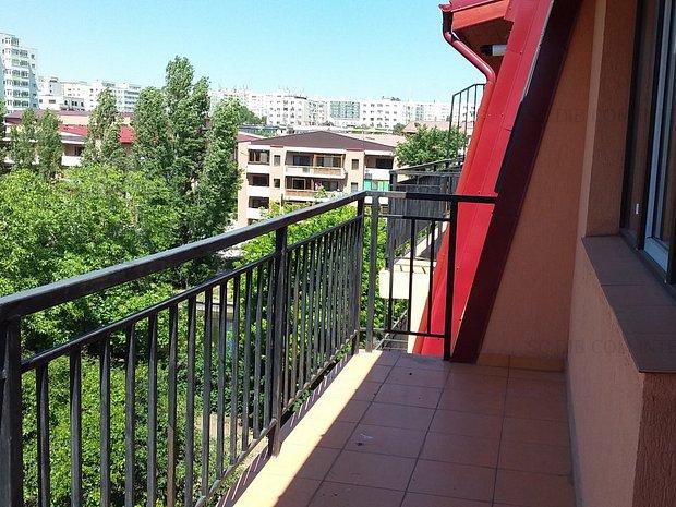 Apartament cu vedere la parc, Doamna Ghica - imaginea 1
