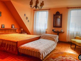 Apartament de închiriat 4 camere, în Sibiu, zona Central