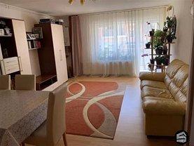 Apartament de vânzare 3 camere în Floresti
