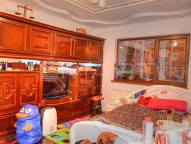 Apartament de vânzare 4 camere, în Sibiu, zona Vasile Aaron