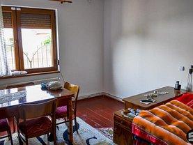 Casa de vânzare 3 camere, în Sibiu, zona Guşteriţa