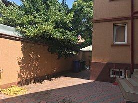 Casa de închiriat 8 camere, în Bucuresti, zona Calea Calarasilor
