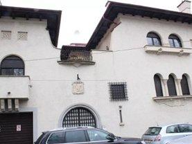 Casa de vânzare 18 camere, în Bucuresti, zona Romana